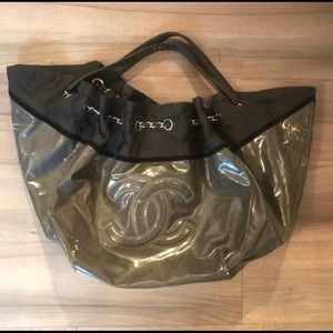 Damaged Chanel Bag - authentic - with flaws